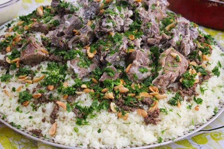 Palestinian Mansaf Mansaf Is A Traditional Jordanian And Palestinian Dish Made Of Lamb Cooked In