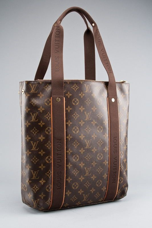 Louis Vuitton Monogram Canvas Beaubourg Bag