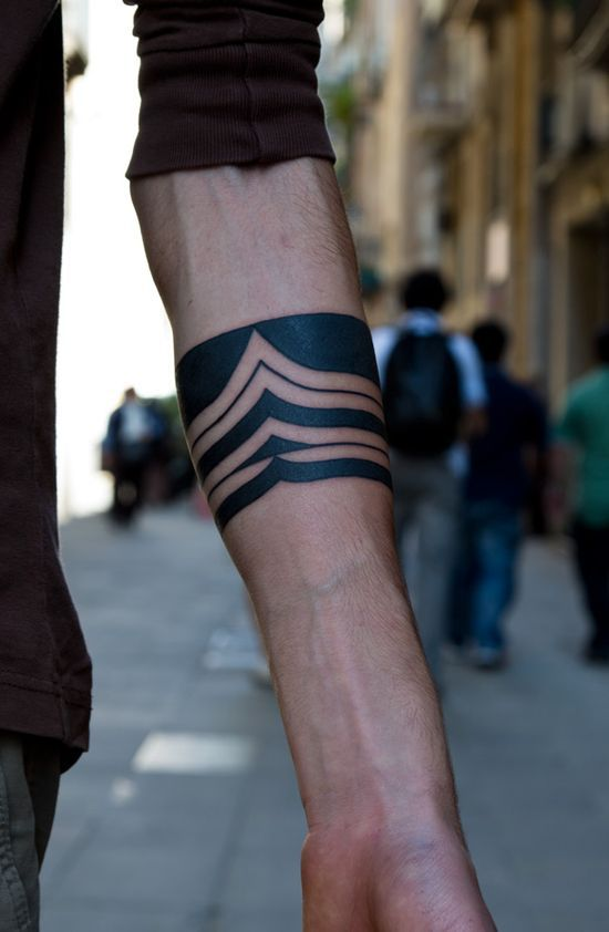 Beautiful Tribal Arm Band Tattoo design for boys. Looks bold and nice :)