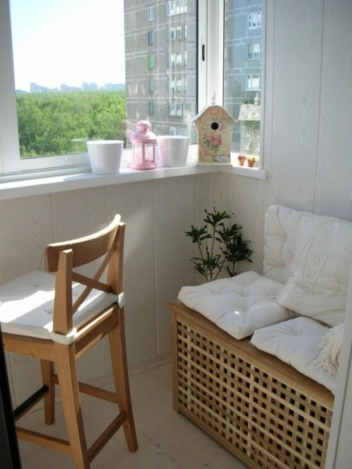 ikea bench 30 cool ideas to make a small balcony cozy. Black Bedroom Furniture Sets. Home Design Ideas