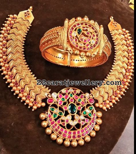 Antique Necklace Broad Bangle - Jewellery Designs