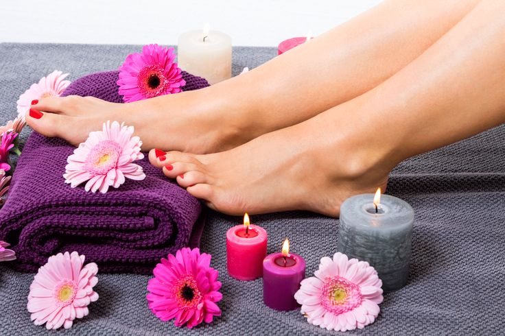 Are you getting ready for a sandal season? If you are looking for a DIY pedicure, here are some great steps you should not miss out on. https://diyvila.com/beauty/diy-pedicure/
