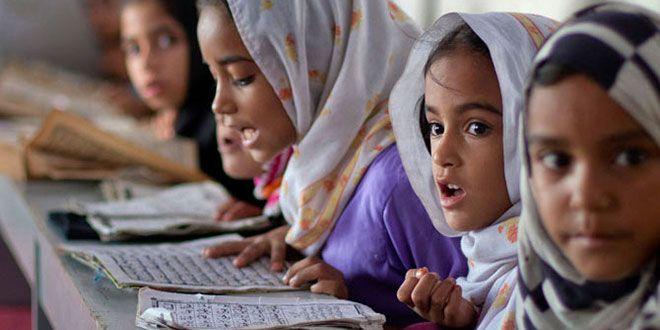 Une famille chrétienne pakistanaise a été contrainte de fuir de chez elle, après que leur petite fille de 8 ans ait été battue et enfermée dans les toilettes de l'école pendant des heures.