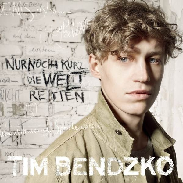 Tim Bendzko. Ok, veeery jung (who cares?) , very good looking, but most of all, very, very good songs and texts.