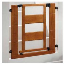 Barrera de seguridad madera color miel. Barrera de seguridad para niños, cierr automático.Combinada en madera color miel con detalles en plexiglás.Ajustable entre 73,8 y 81 cm, añadiendo extensiones adicionales se puede ampliar hasta los 100 cm.Sistema a presión con discos de fijación adhesivos o atornillados.