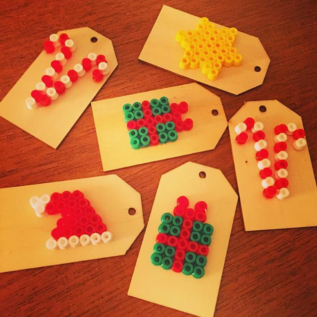 Christmas tags hama beads by loejise