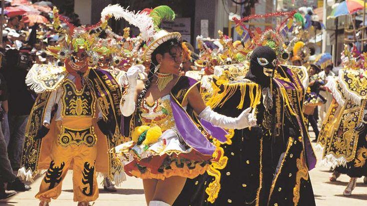 Peruvian Trip, Festival Virgen Candelaria in Puno, Peru.  #virgencandelaria  #peruviancelebrations   #peruviantrip   #eventsperu   #bestplacestovisit #vacationsinperu #machutravelperu