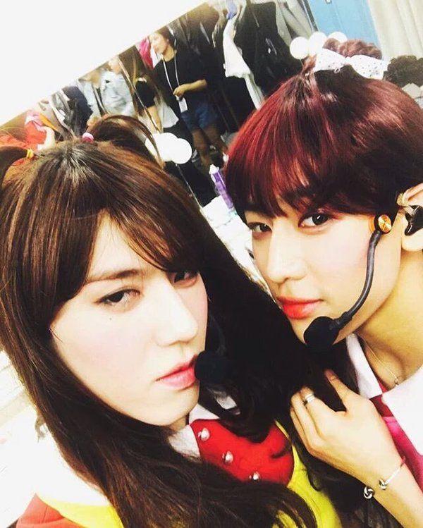 Meu Deus que lindas *-* Yugyeom e Bambam sendo mais femininos do que as próprias garotas