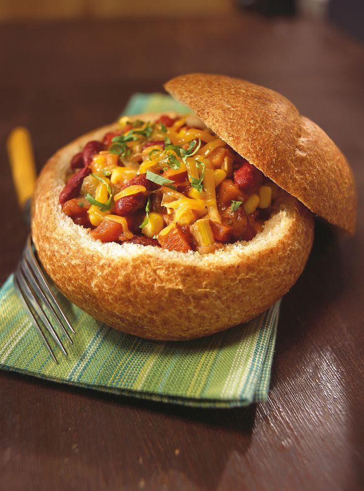 Recette de Ricardo de chili végétarien. Ce chili végétarien est un repas très bon pour la santé et facile à préparer fait à base de haricots rouges.