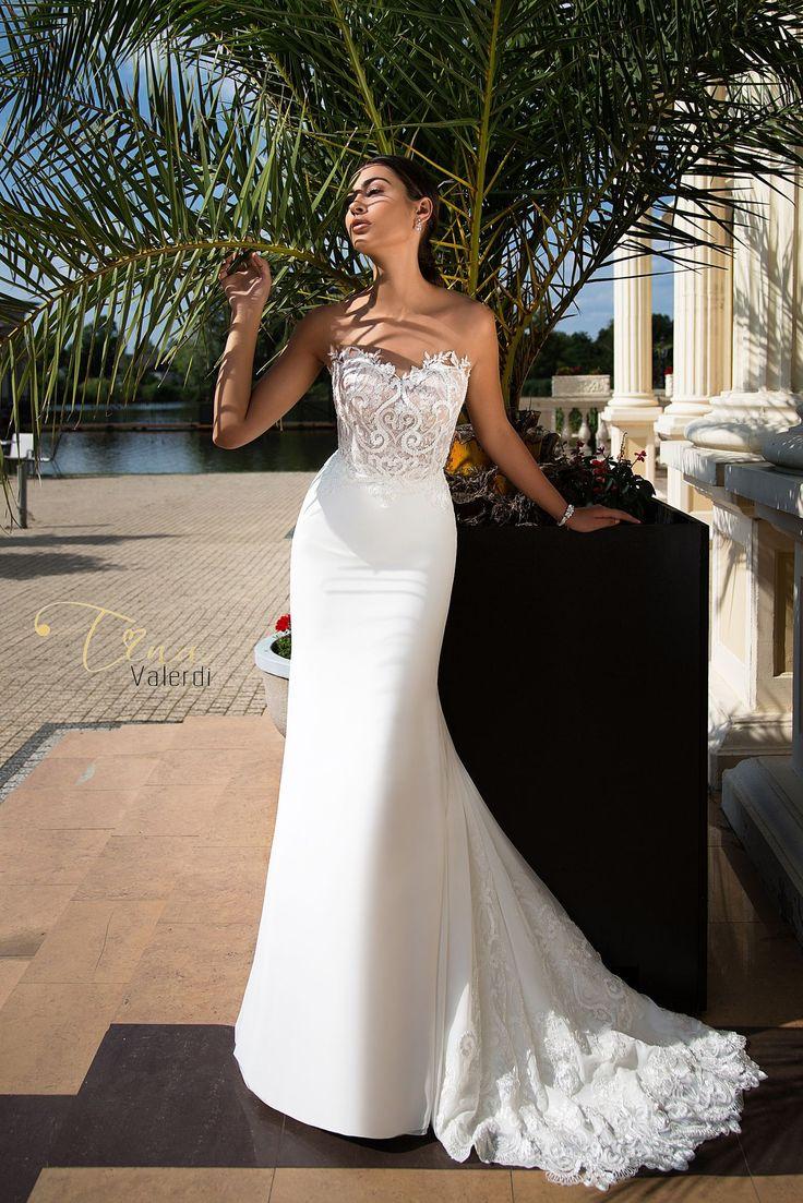 Wedding dress Blanka by Tina Valerdi