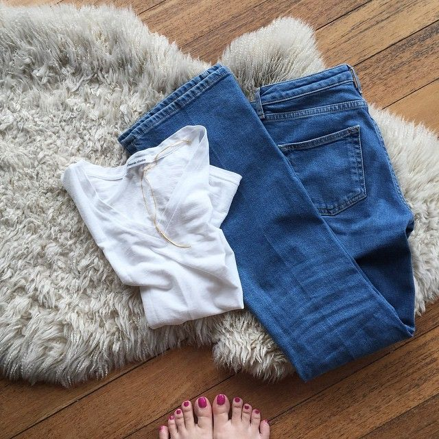 Basic details ✔️#VSCOcam #fashionista #flatlay #igers #topshop #denim #flarejeans #white #minimal #minimalist #asos #tusknecklace #jotd #instadaily #picoftheday