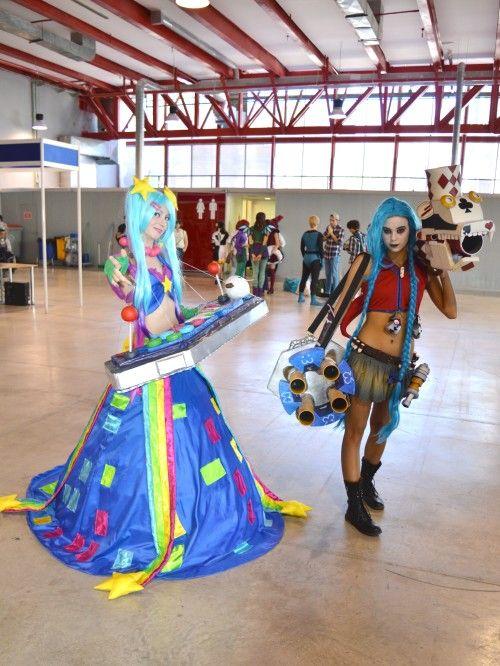 Sona Arcade and Jinx Arlequin
