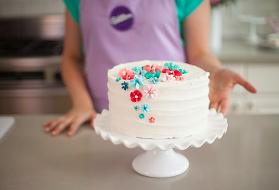 Cake Decorating Classes Wedding : 25+ Best Ideas about Beginner Cake Decorating on Pinterest ...