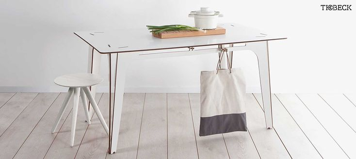 Finnish birch plywood is the only material used in making Tisch Eins tables.