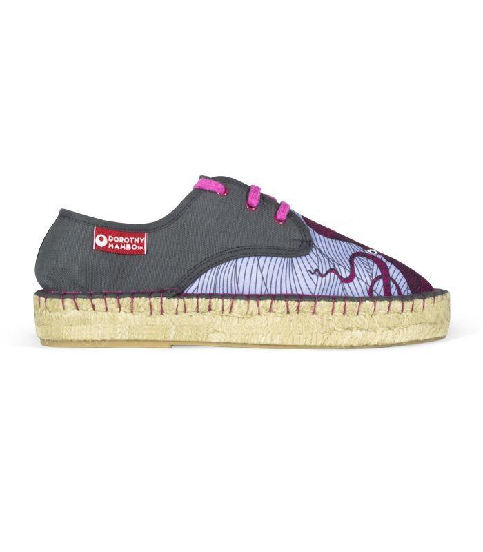 Alpargatas originales de diseño con suela de plataforma de esparto para mujer online #moda #fashion #alpargatas #espadrilles #españa #mujer #trendy #coleccion #urban #primavera #spring #verano #new #woman #femenina #complementos #trends #tendencias #summer #hipster #vintage #retro #chic #boho #urbanchic #ibiza #design #diseño #calzado #zapatos #design #shoes #fashion #handamade #footwear #esparto #yute #outlet #decoradas #cordones #plataforma #españolas #estampadas #espardenya