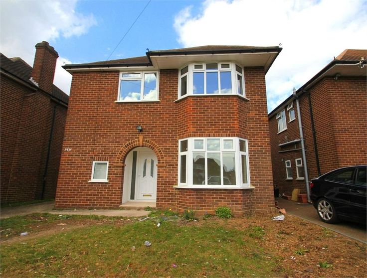 To Let Upton Court Road , Langley £1,600 Freehold