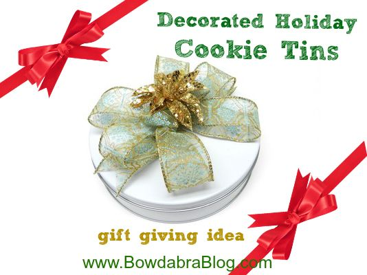 Decorated Holiday Cookie Tins for holiday gifts