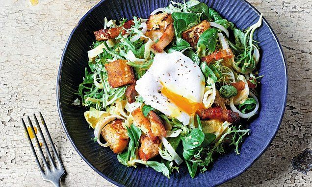 James Martin's French masterclass: Lyonnaise egg & bacon salad