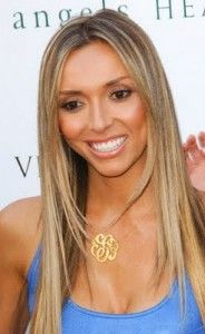 Giuliana Rancic looking glamorous as ever, her hair color is a light ash blonde with natural brown low lights.: Lights Ash Blondes, Brown Low Lights, Natural Brown, Giuliana Rancic, Hair Colors, Long Straight Hairstyles, Emo Hairstyles, Hair Style, Long Haircuts