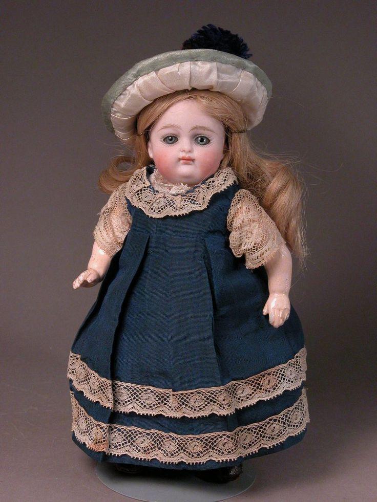 таком картинки старинная кукла из чурочки большой выбор