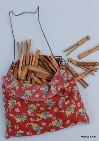 wooden clothes pins. clothes pin bag. vintage.