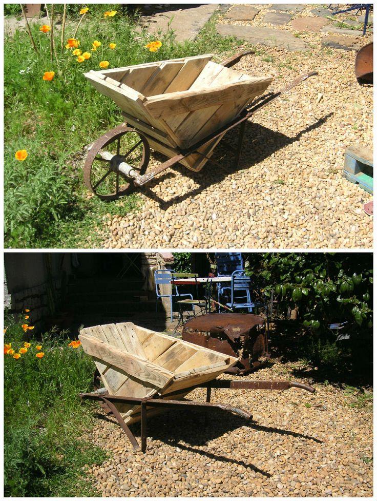 Pallet Wheelbarrow Outdoor Pallet Projects Amp Ideas