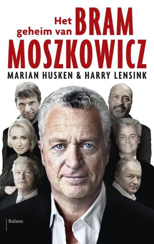 Hij was de stem van Holleeder, Bouterse en Endstra. Hij verdedigde Geert Wilders, nam het op voor Robin van Persie en stond Estelle Cruijff bij, in de rechtszaal én daarbuiten. Aan de desk bij RTL Boulevard, in de kolommen van De Telegraaf en aan tafel bij Pauw & Witteman kreeg Bram Moszkowicz zijn dagelijkse portie roem. De advocaat was bijkans bekender dan zijn glamoureuze clientèle. Voor velen is de strafpleiter, met zijn maatpakken en dure bolides, hét gezicht van de advocatuur.