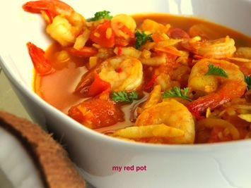 Curry z krewetkami, pomidorami i świeżym kokosem, wystarczy 15min, a na twoim stole zagości wybitne danie prosto z Bangkoku.  ...