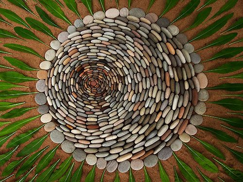 69 best nature mandalas images on pinterest mandala rocks andy goldsworthy and leaves - Mandala nature ...