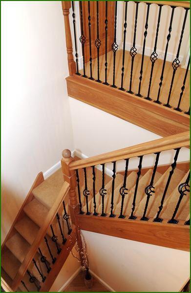 Quarter Landing Oak And Metal Staircase