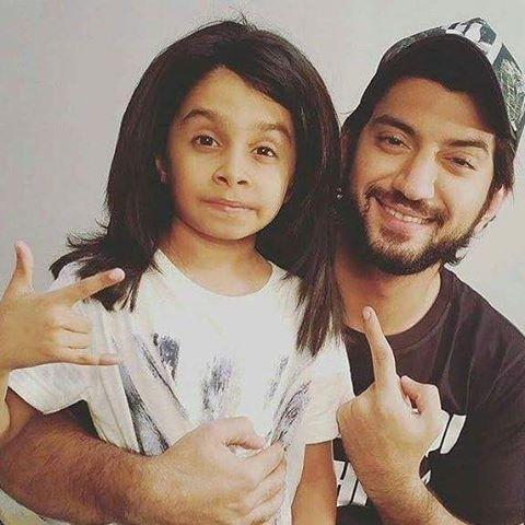 Omg Kunal and this kid is the cutest❤️ #Ishqbaaz #ishqbaaaz