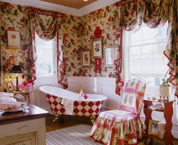 Find This Pin And More On Pretty Bathrooms By Lelandwallpaper.