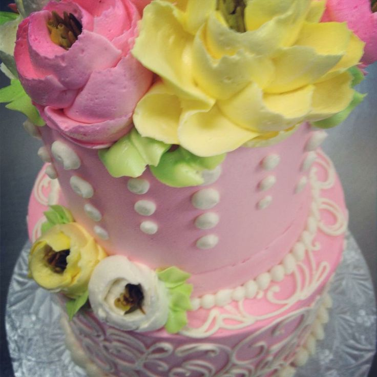 133 best white flower bakery shoppe oh images on pinterest cream cake flower cakes mini cakes icing bakeries wedding cake butter cooking pastries mightylinksfo