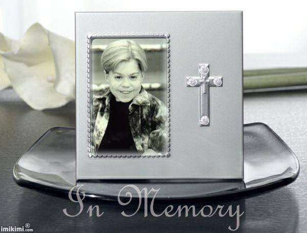 "Josh Ryan Evans Born: Joshua Ryan Evans  January 10, 1982  Died: August 5, 2002 (age 20) The ""Passions"" soap opera star."