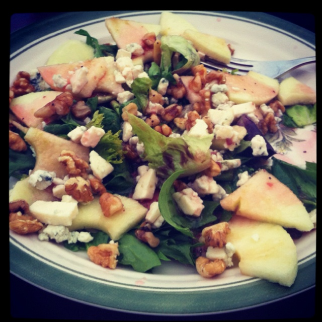 Grilled Chicken Apple Walnut Salad with Feta Cheese and Raspberry ...