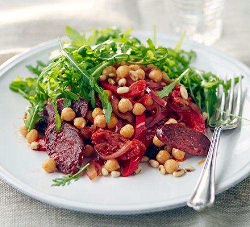 Warm chorizo & chickpea salad, under 400