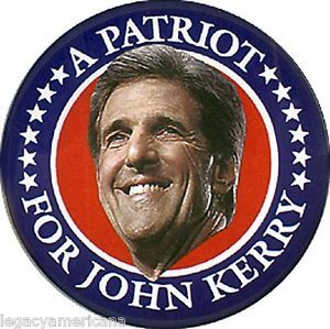 2004 John Kerry A PATRIOT FOR KERRY Campaign Button (5701)