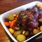 Helstekt kyckling med rostade grönsaker