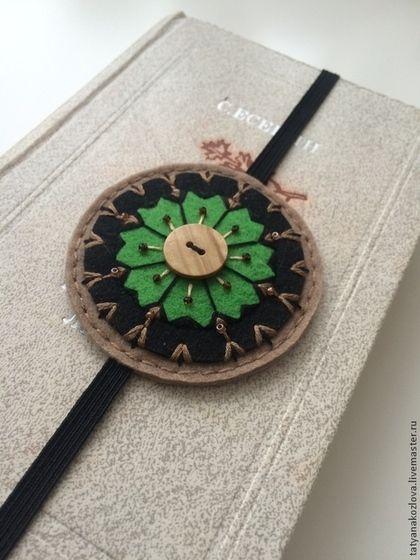 Закладка для книг из фетра Зеленый цветок на день Святого Валентина -