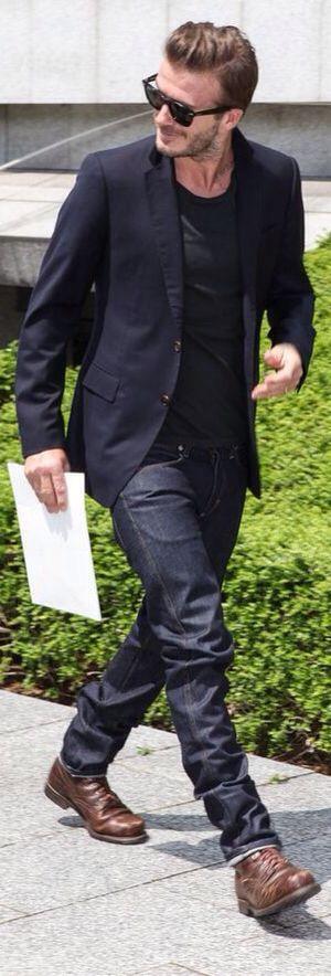 David Beckham @ the LV Show.  Dark Navy Linen Jacket, Black Tee, Dark Jeans and his favorite Old Boots. Men's Spring Summer Fashion.