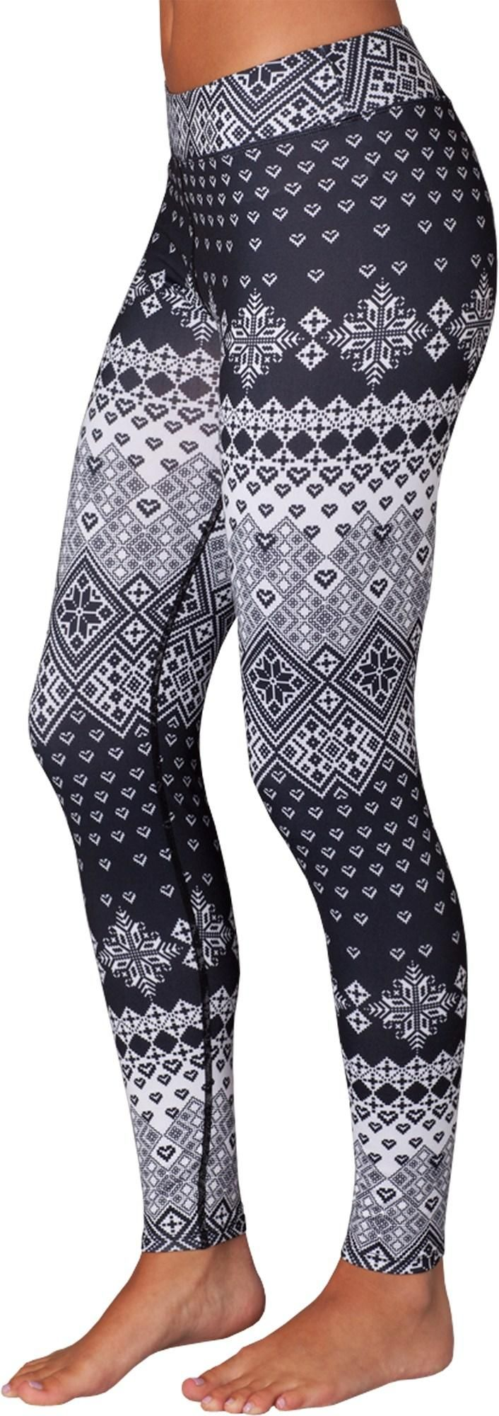 The women's Snow Angel Slimline Flatter-Fit long underwear leggings keep you warm in the cold with moisture-wicking fabric.