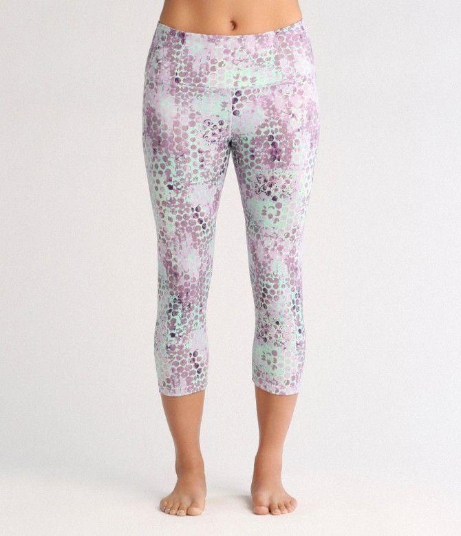 Essential Capri Legging : Amara Print (Pink) : L : SS16