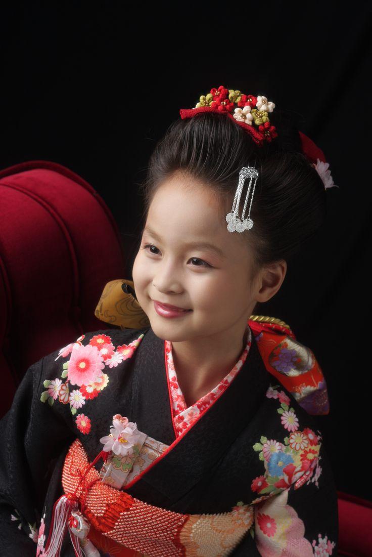 スタジオズイムです。7歳さんのヘアスタイルは、日本髪がとても人気です。 #仙台フォトスタジオ#仙台七五三#仙台七五三写真#仙台写真館#仙台写真スタジオ#写真屋#七五三着物レンタル#きものレンタル