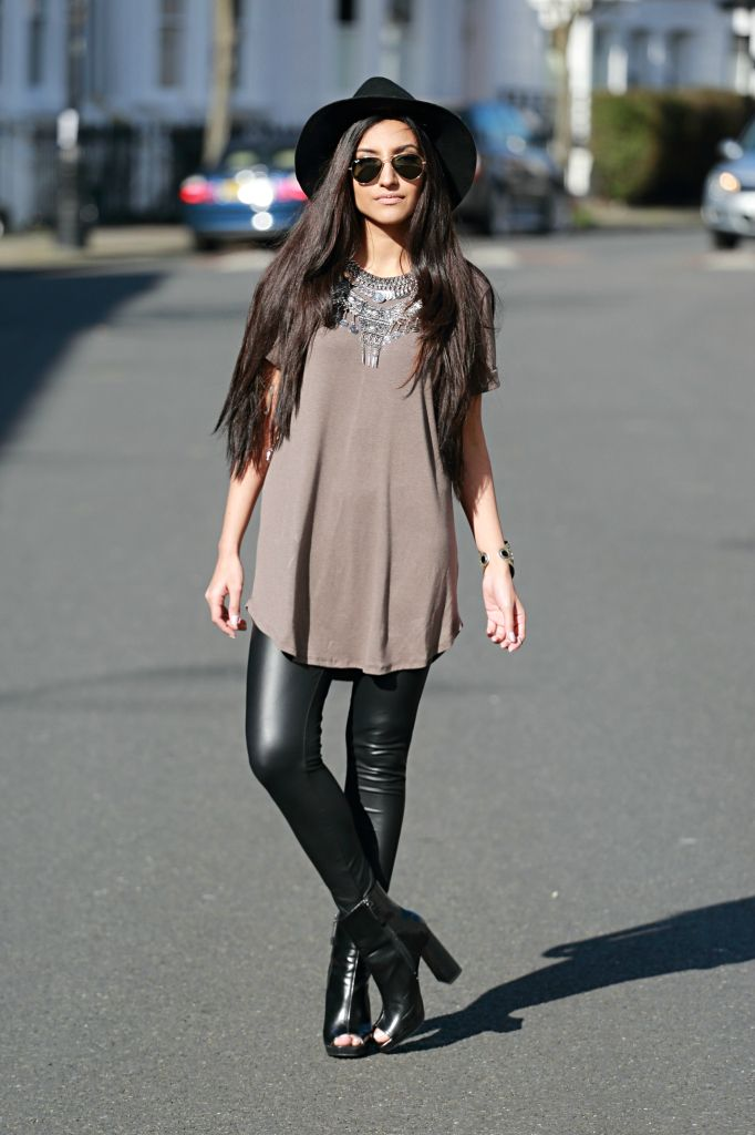 layered statement necklace outfits - leather leggings - wide brimmed black fedora outfit