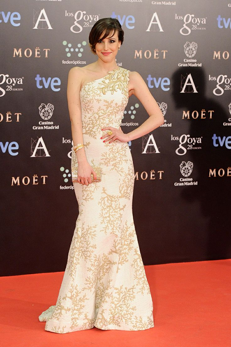 1602 best remarkable red carpet moments images on pinterest | red