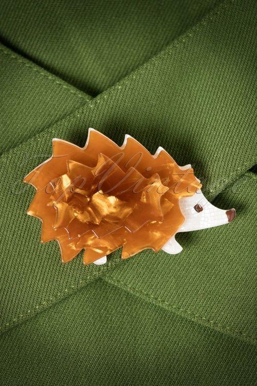 Romance Aint Dead Brown Hedgehog Brooch 340 70 20406 11092016 004bW