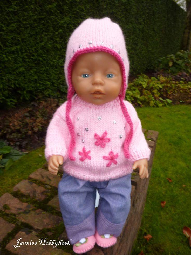Jannies Hobbyhoek: K3 jurkje kleine Baby Born en andere kleertjes.