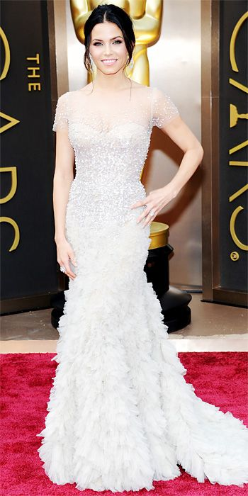 Looks we #levolove // Oscars 2014 Red Carpet Arrivals - Jenna Dewan Tatum from #InStyle