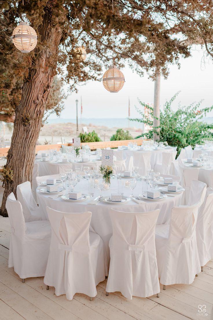 #white #decoration #summerwedding #destinationwedding #weddingplanner #dreamsinstyle