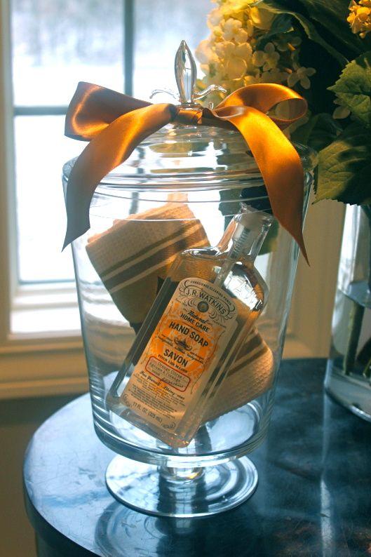 Lovely Housewarming Gift Presentation